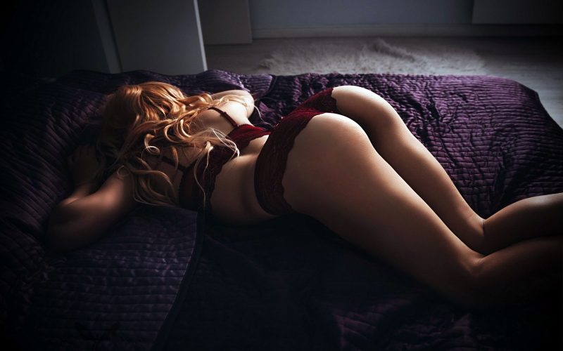 Surrey Escorts sexy tips in bed