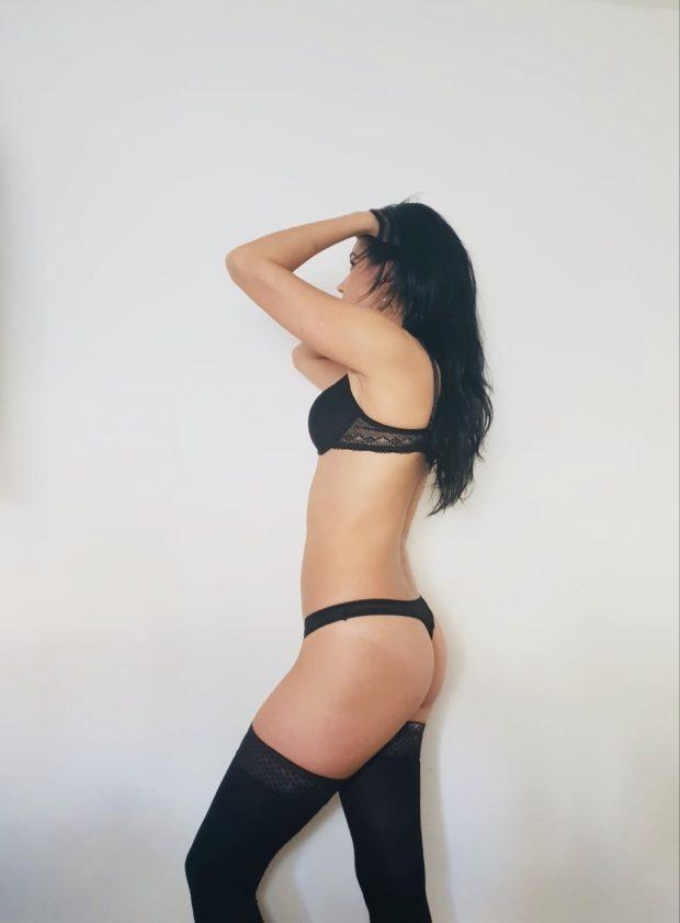 Izabela Sexy Brunette Girl